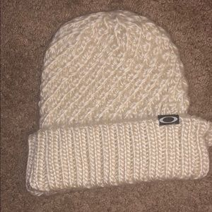 Brand New Thick Knit Oakley Hat